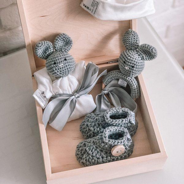Darilni set za novorojenčka - 4 delni, siv