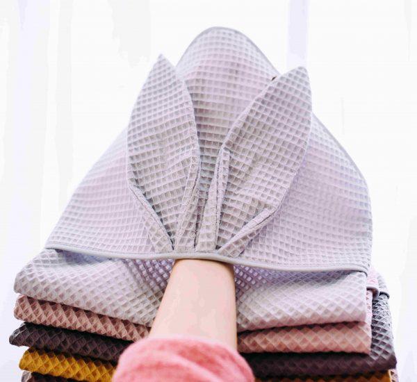 Kopalna brisača iz vaflja s kapuco zajček