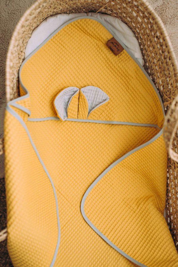 Kopalna brisača iz vaflja s kapuco medo - rumena